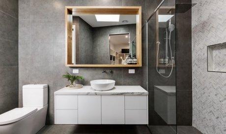Création de salle de bain en carrelage dans une maison neuve Clermont-Ferrand